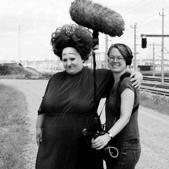 julia fuhr mann –– queer feminist film maker –– short film RIOT NOT DIET –– sound designer cornelia böhm with protagonist veronika merklein